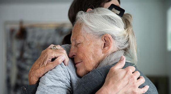 5 Ways to Help Your Loved One Suffering from Alzheimer's Disease
